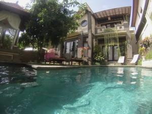 Villa kukur depuis la piscine