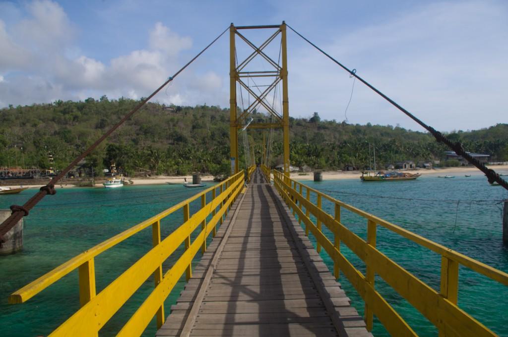 Pont allant de Lembongan à Cenindan