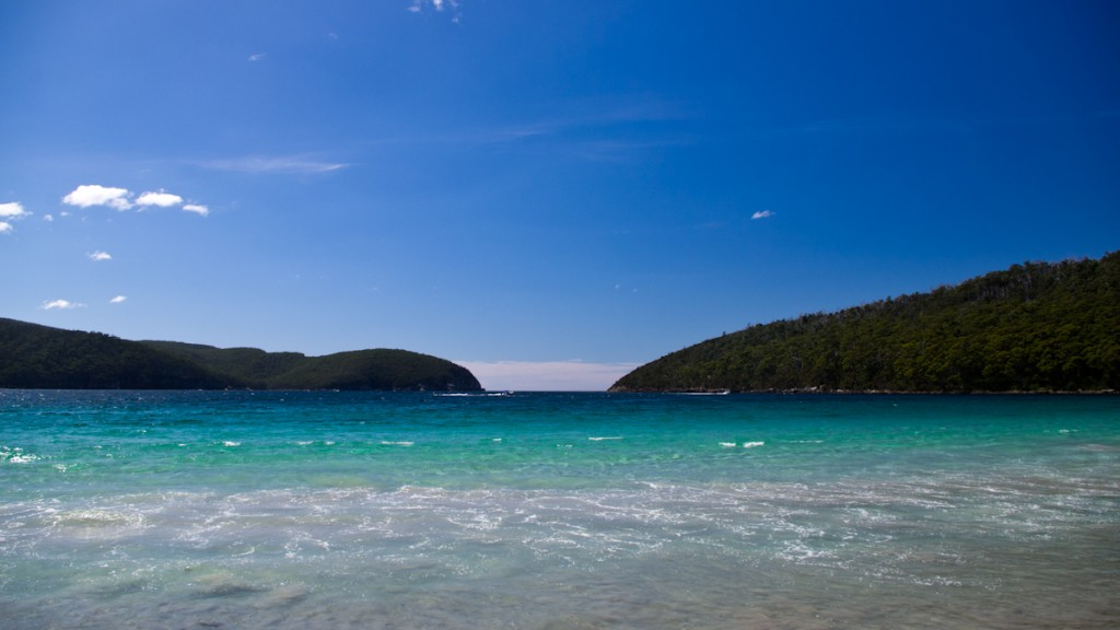 Plage de Fortescue Bay