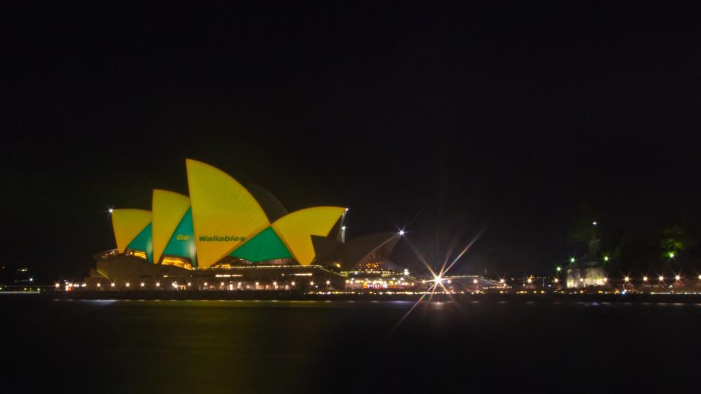 Opéra éclairé aux couleurs de l'Australie pour la coupe du monde de rugby