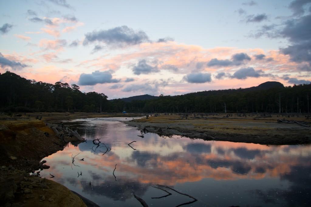 Coucher de soleil au camping gratuit près du Lake St Clair