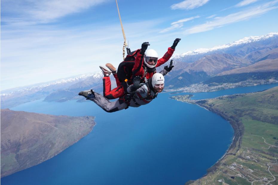 parachutisme bali