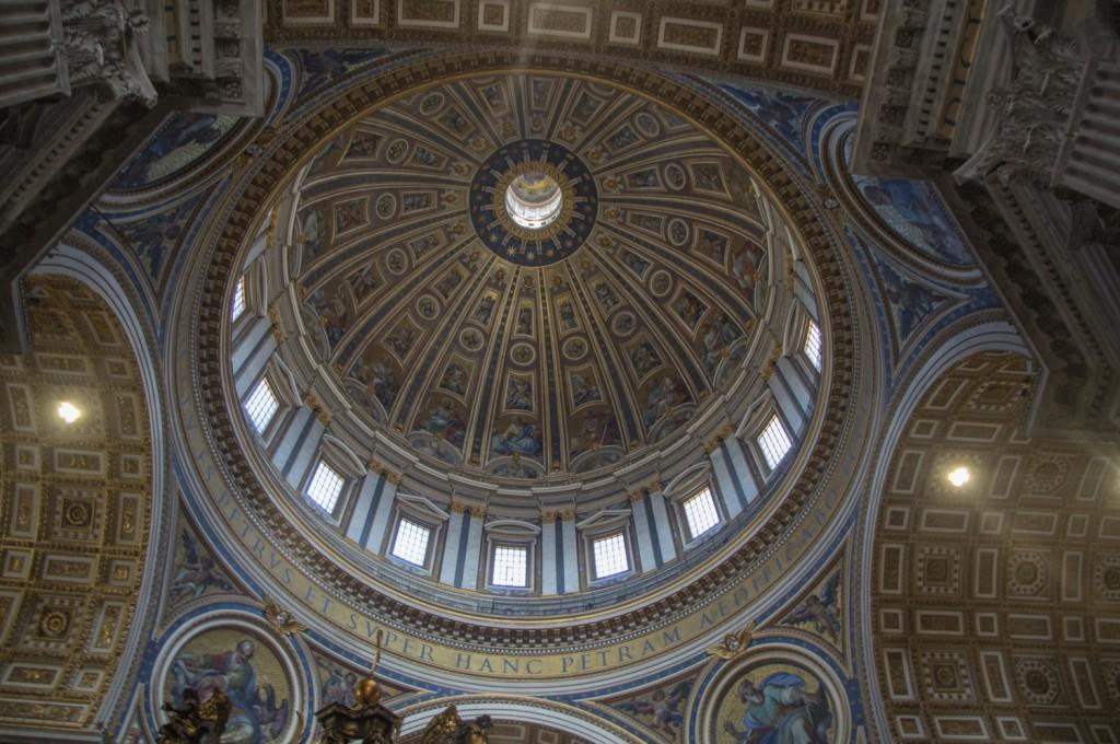 Dôme depuis l'intérieur de la Basilique